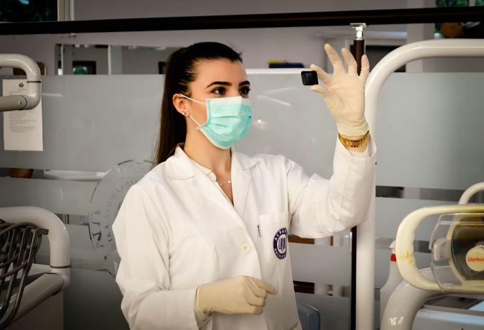mejor clinica barcelona para el aumento de pecho